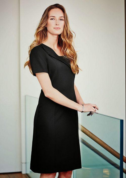 šaty černé