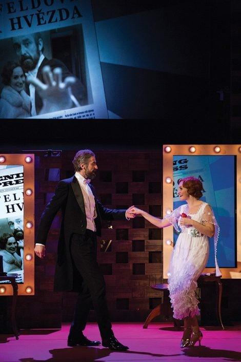 divadelní a muzikálové kostýmy