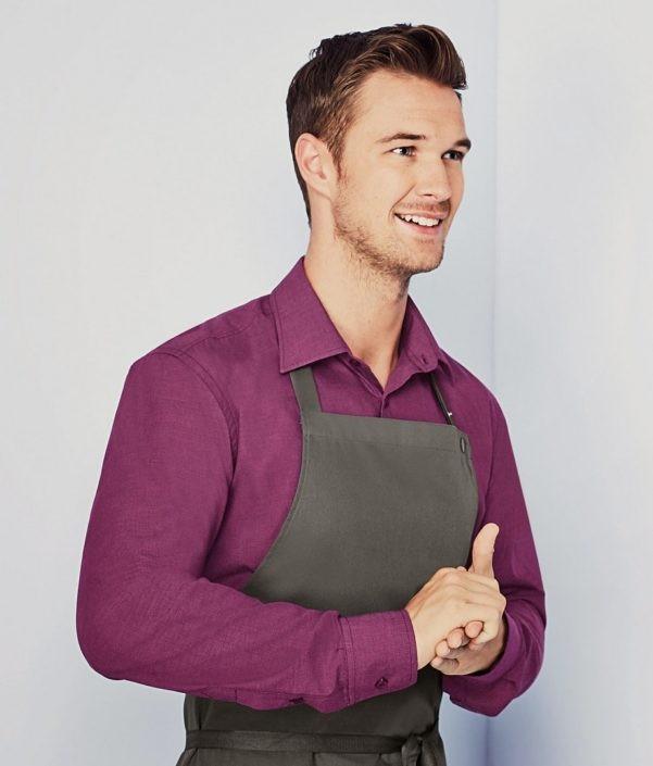 košile a zástěra restaurace