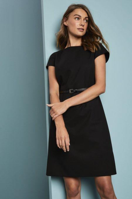 šaty dámské černé s opaskem